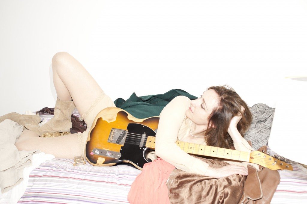 Viv-Albertine-bed